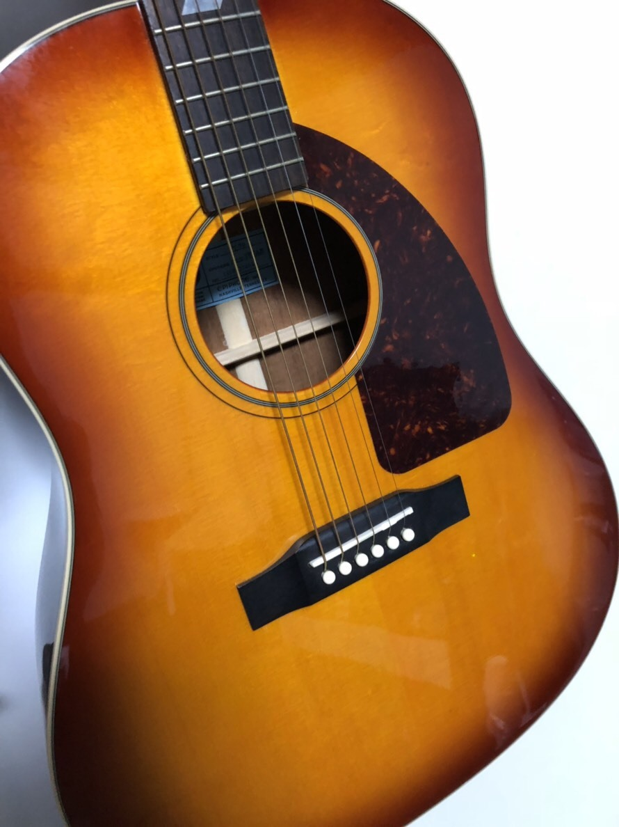 【オークション】ArtyPackerの作曲で使用していた拓也のアコースティックギター