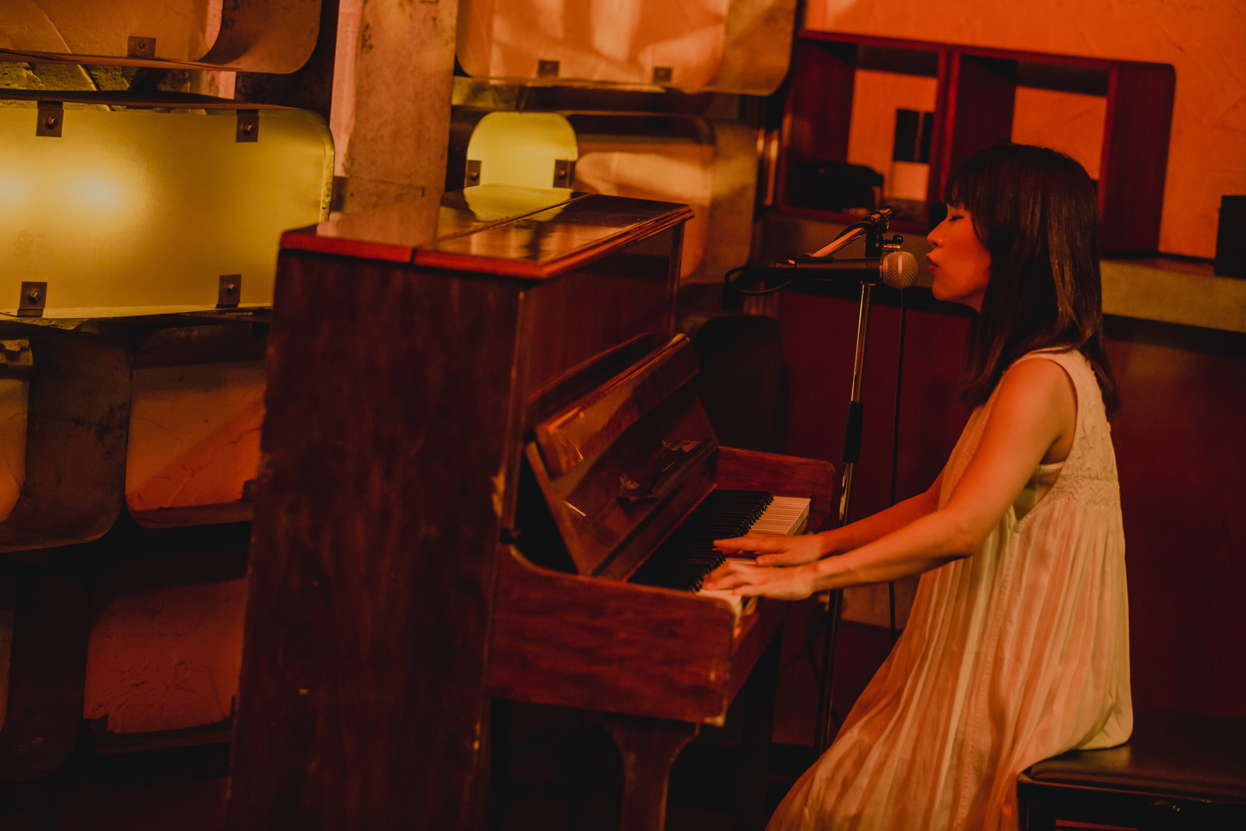 <あなたのためだけに贈る、ピアノ弾き語りカバー動画リクエストプラン>