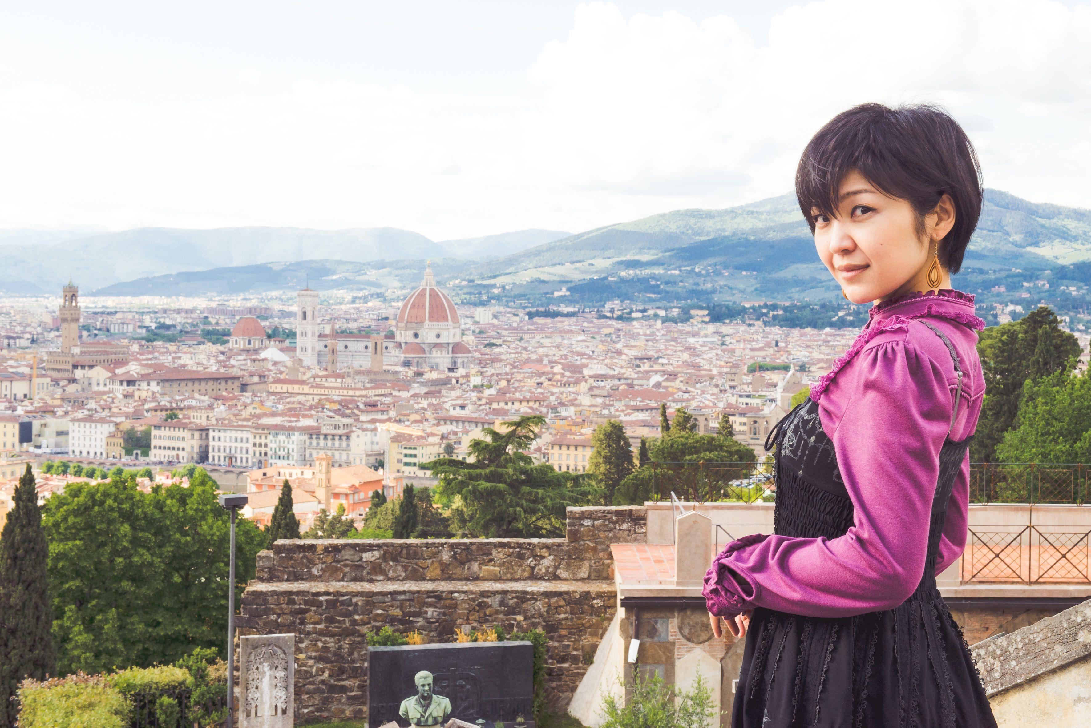 【小林未郁】フィレンツェのドゥオーモでMV「迷宮入り」イタリアバージョンを撮影したい
