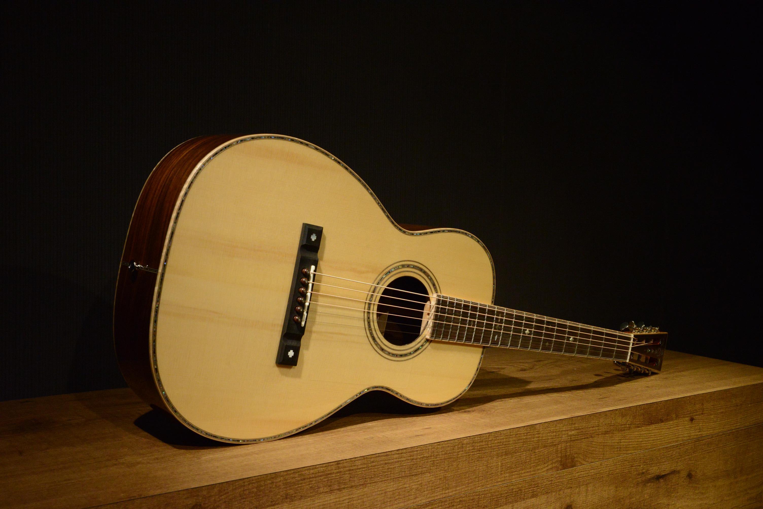 """【期間限定特価】シンガポール発ハイエンドギターブランド """"Maestro Guitars"""" 日本先行販売キャンペーン"""